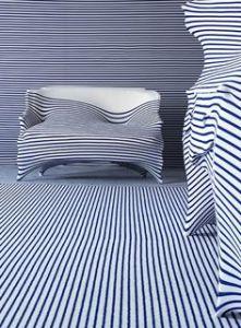 sofa-striped