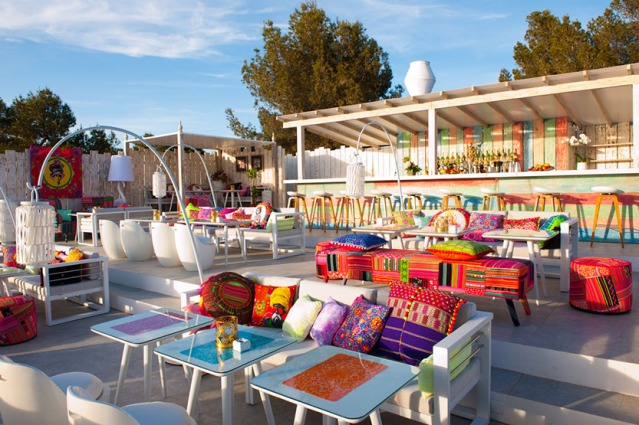 The-one-only-Lebanese-restaurant-in-Ibiza1