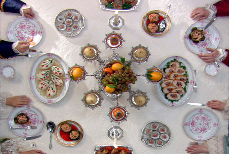 Dining_Table_Sm