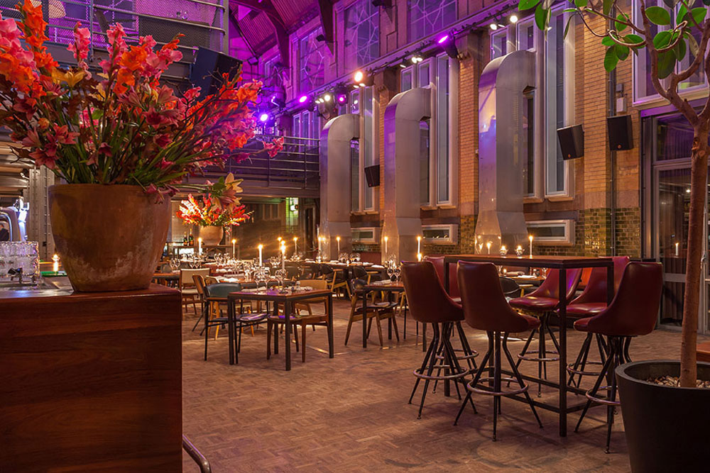pompstation-restaurant-courtyard-amsterdam-03