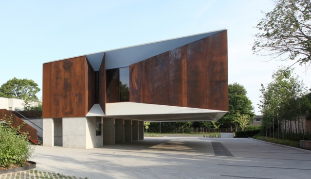 Wong-Dai-Sin-Temple-Toronto-Shim-Sutcliffe-Architects